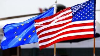 Κορωνοϊός: ΕΕ και ΗΠΑ προς συμφωνία για χαλάρωση περιορισμών στις εξαγωγές εμβολίων