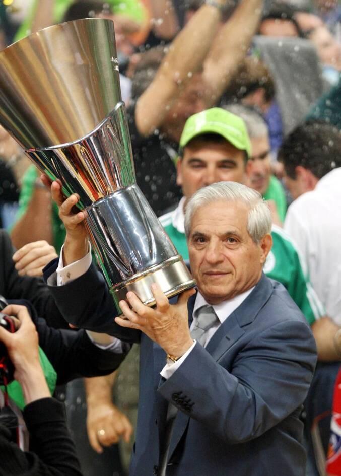https://cdn.cnngreece.gr/media/news/2021/06/10/269464/photos/snapshot/pavlos-giannakopoulos-euroleague-2007-84.jpg