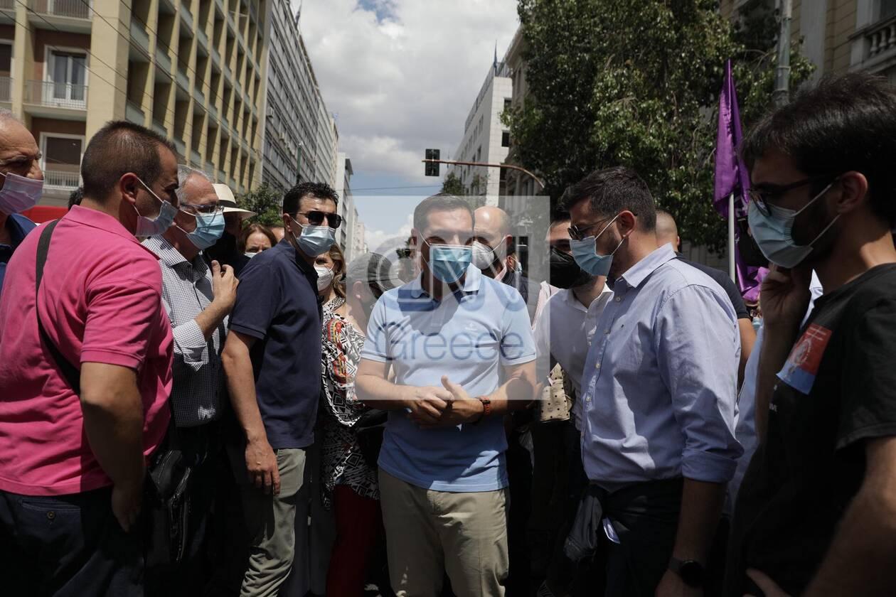 https://cdn.cnngreece.gr/media/news/2021/06/10/269492/photos/snapshot/alexis-tsipras-poreia-1.jpg