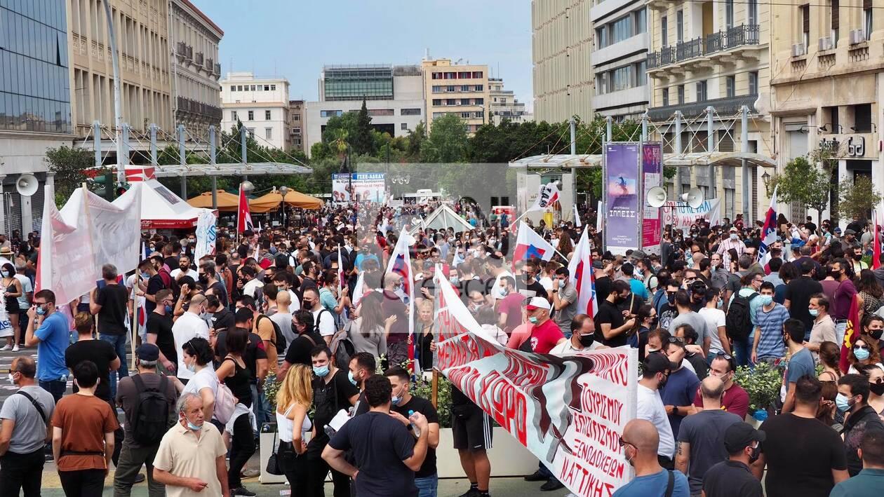 https://cdn.cnngreece.gr/media/news/2021/06/10/269492/photos/snapshot/poreies-athina-ergasiako-3.jpg