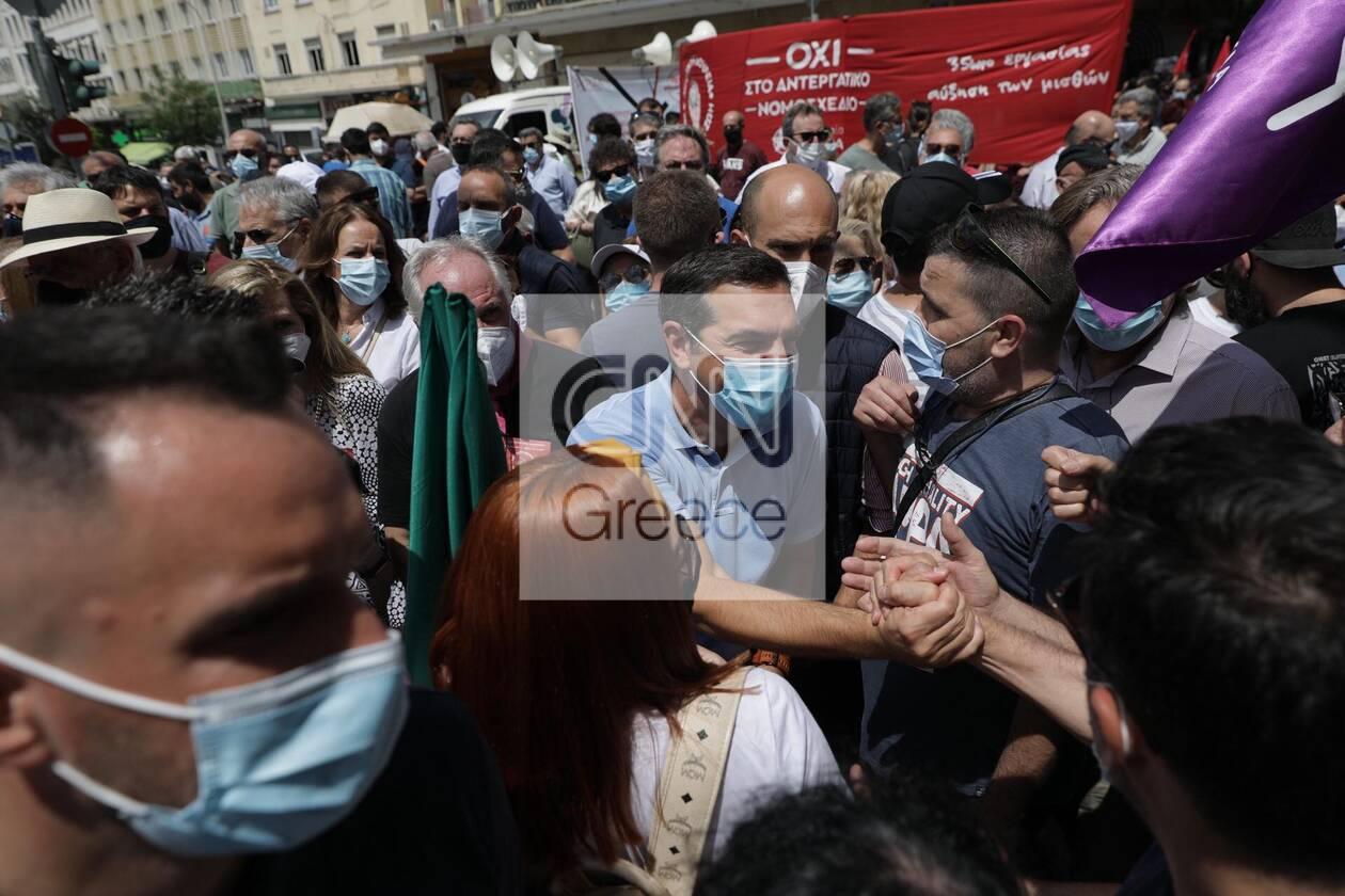 https://cdn.cnngreece.gr/media/news/2021/06/10/269514/photos/snapshot/alexis-tsipras-poreia-2.jpg