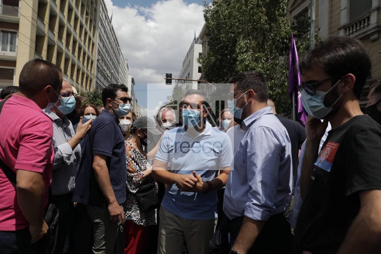 https://cdn.cnngreece.gr/media/news/2021/06/10/269514/photos/snapshot/alexis-tsipras-poreia-3.jpg