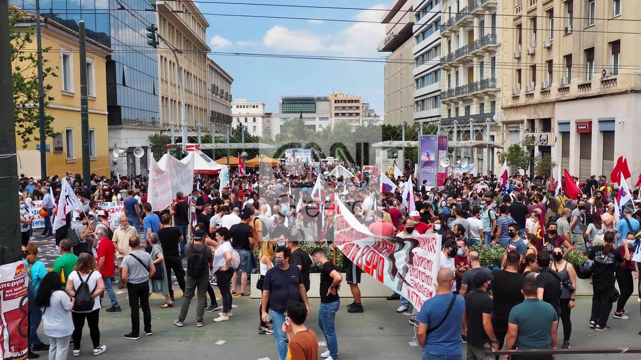 https://cdn.cnngreece.gr/media/news/2021/06/10/269514/photos/snapshot/poreies-athina-ergasiako-5.jpg