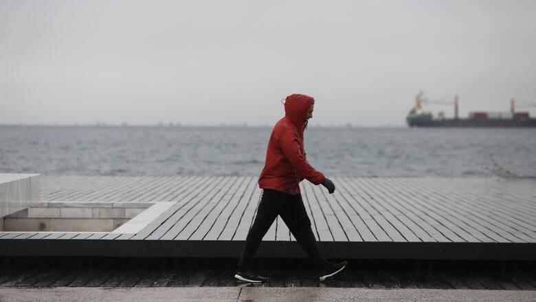 Καιρός: Άστατος την Παρασκευή με βροχές και καταιγίδες στα ηπειρωτικά και το Ιόνιο