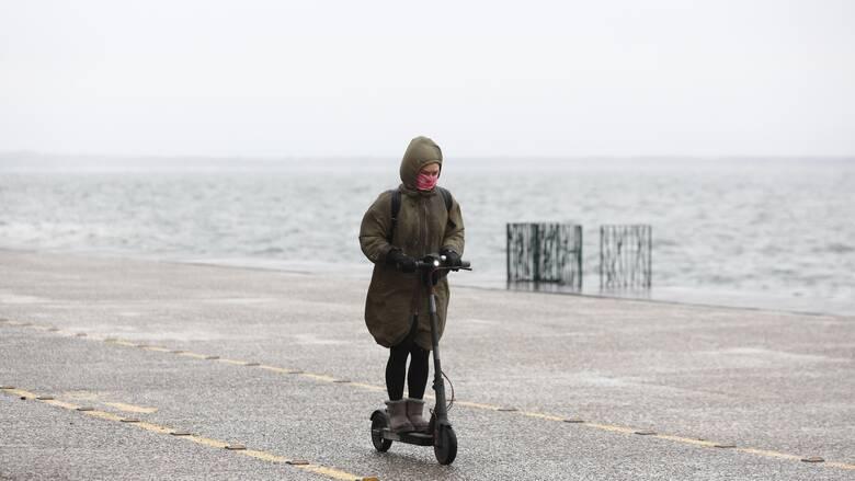 Άστατος ο καιρός σήμερα με βροχές και καταιγίδες στα ηπειρωτικά και το Ιόνιο