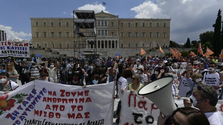 Απεργία: Γιατί η κυβέρνηση βλέπει ήττα αντιπολίτευσης και συνδικάτων
