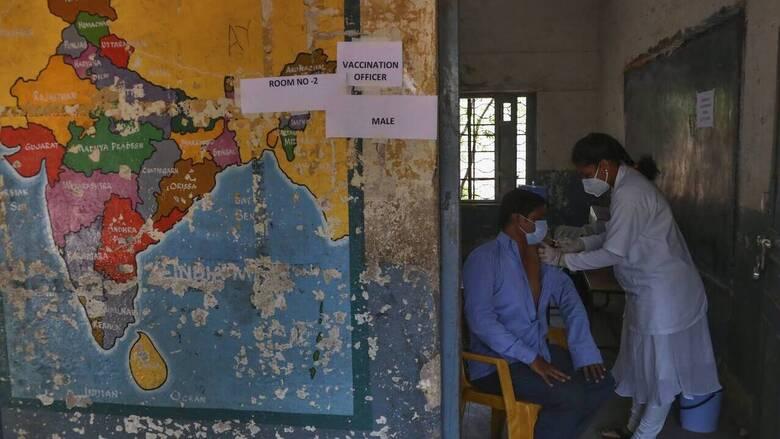 Ινδία- Κορωνοϊός: Ρεκόρ θανάτων κατέγραψε η χώρα σε ένα 24ωρο- 3.403 νεκροί και 90.000 κρούσματα