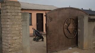 To μυστήριο της Πρετόρια: Νοτιοαφρικανή ισχυρίζεται ότι γέννησε δεκάδυμα