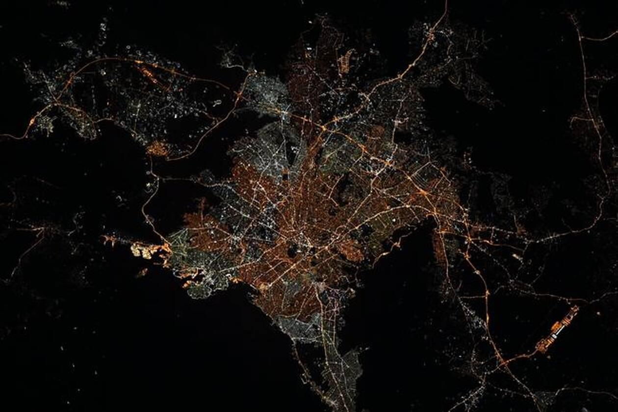 https://cdn.cnngreece.gr/media/news/2021/06/12/269820/photos/snapshot/Athens_ISS.jpg