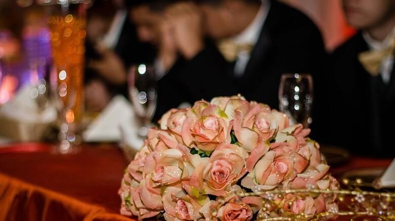 Παγώνη: Η επέκταση του ωραρίου θα σταματήσει τα κορωνοπάρτι - Τι είπε για τον χορό στους γάμους
