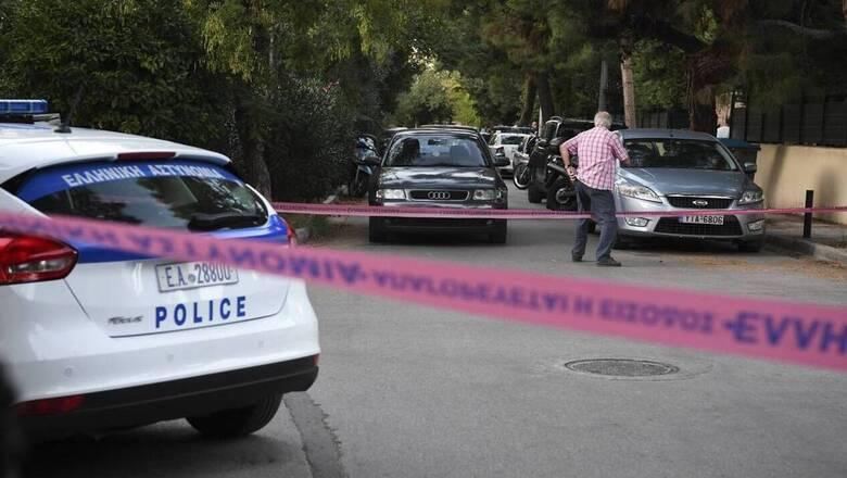 Δολοφονία στη Ζάκυνθο: Βρέθηκαν Καλάσνικοφ σε αποθήκη συγγενούς κατηγορουμένου