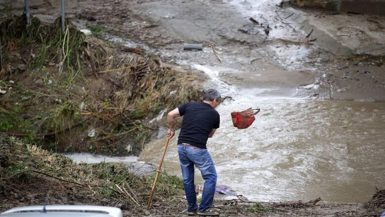Κακοκαιρία: Ένας νεκρός στη Θεσσαλονίκη - Έντονα φαινόμενα και την Κυριακή
