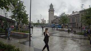 Κορωνοϊος - Ρωσία: Ανησυχία για την αύξηση κρουσμάτων