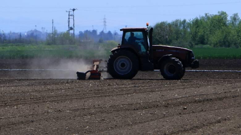 e-ΕΦΚΑ: Οι 10 νέες ηλεκτρονικές υπηρεσίες για αγρότες