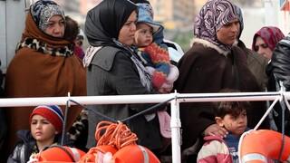 Διάσωση 101 μεταναστών ανοικτά της Τυνησίας - Ενός έτους ο μικρότερος ναυαγός