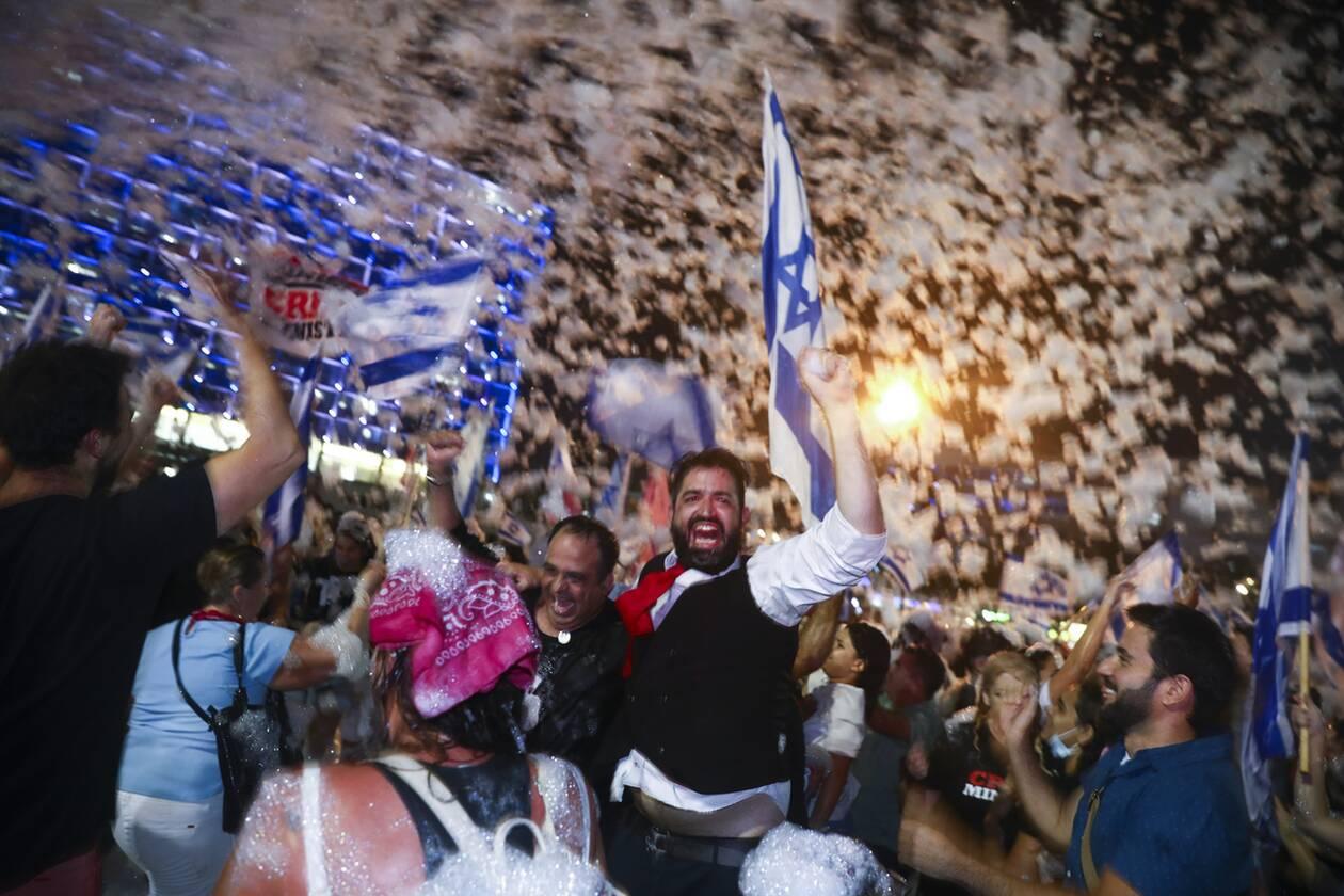 https://cdn.cnngreece.gr/media/news/2021/06/14/269976/photos/snapshot/israil_panigirismoi-4.jpg