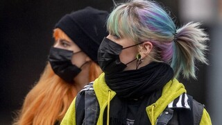 Κορωνοϊός - Γερμανία: «Όχι» στην κατάργηση της μάσκας - Κίνδυνος επανεμφάνισης της πανδημίας