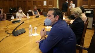 Τσίπρας: Η Μενδώνη διώκει όσους συνέβαλαν στην κάθαρση του Ταμείου Αλληλοβοήθειας