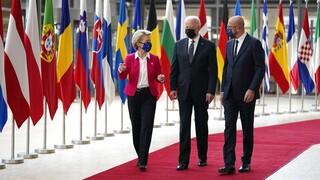 «Είμαστε ενωμένοι»: Δίπλα στον Μπάιντεν η ΕΕ πριν το crash test με τον Πούτιν