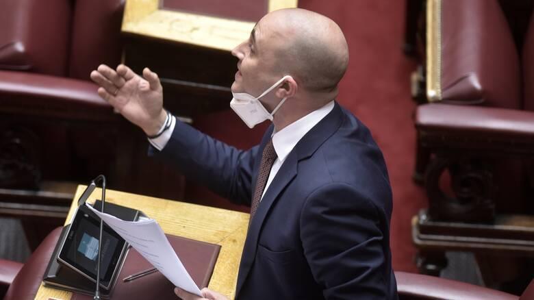 Καυγάς με πρωταγωνιστή τον Μπογδάνο στη Βουλή