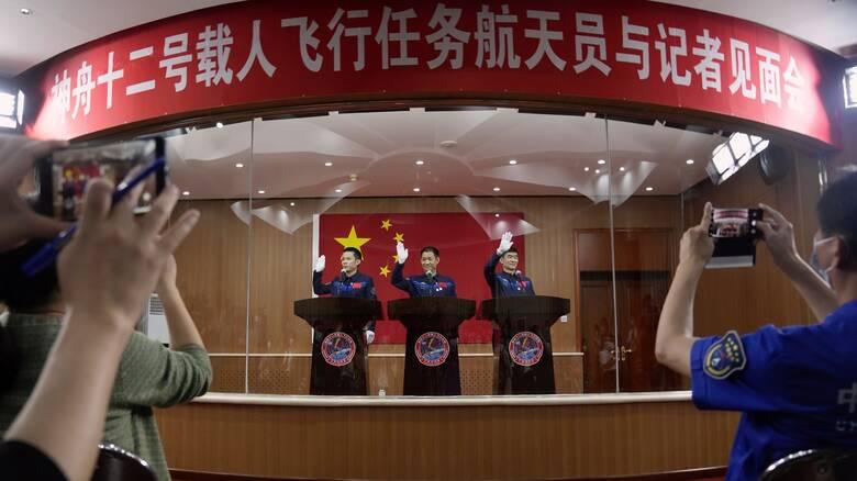 Την Πέμπτη η πρώτη επανδρωμένη αποστολή στον διαστημικό σταθμό της Κίνας