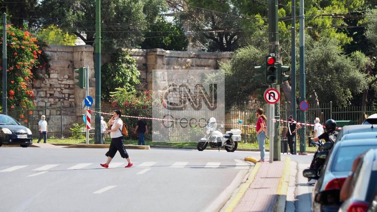 https://cdn.cnngreece.gr/media/news/2021/06/16/270303/photos/snapshot/ergasiako-3.jpg