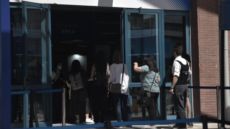 Παπαευαγγέλου: 27 περιστατικά μυοκαρδίτιδας στην Ελλάδα μετά από εμβολιασμό με mRNA