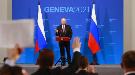 Πούτιν: Επιστρέφουν οι διπλωμάτες Ρωσίας-ΗΠΑ - Συνομιλίες για την κυβερνοασφάλεια