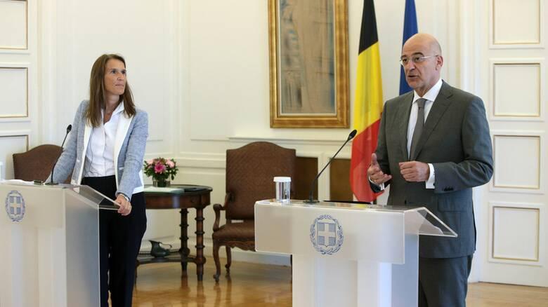 Δένδιας με την ΥΠΕΞ του Βελγίου: Πλήρης στήριξη στην Ελλάδα για την Ανατολική Μεσόγειο