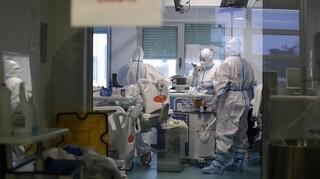 Κορωνοϊός: 519 νέα κρούσματα, 321 διασωληνωμένοι, 16 θάνατοι
