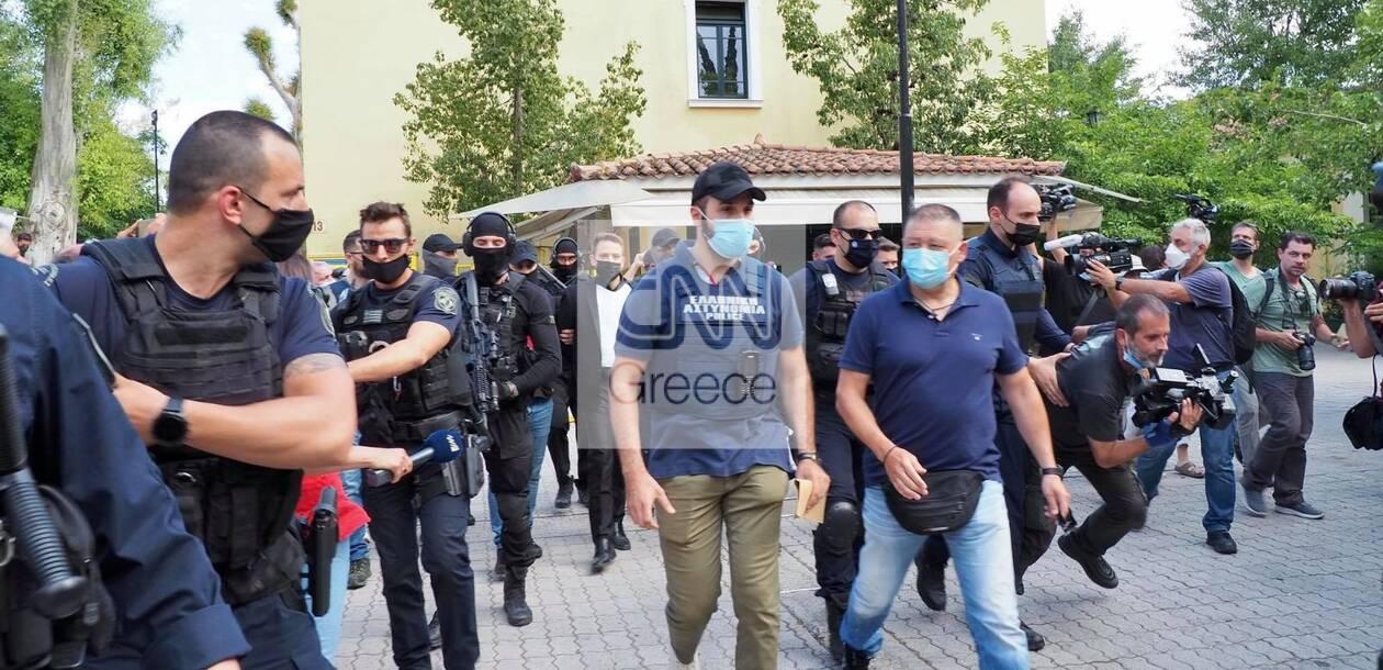 https://cdn.cnngreece.gr/media/news/2021/06/18/270688/photos/snapshot/pilotos7.jpg