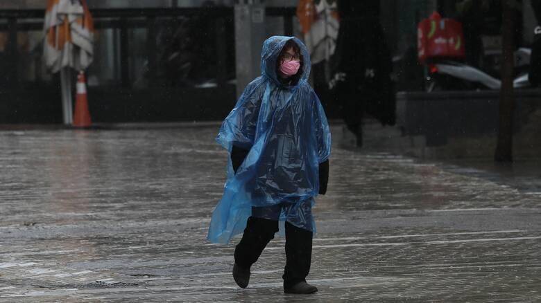 Καιρός Αγίου Πνεύματος: Βροχές και καταιγίδες το τριήμερο - Ποιες περιοχές θα επηρεαστούν