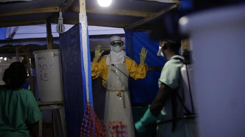 ΠΟΥ - Γουινέα: Η χώρα ανακοίνωσε το τέλος της δεύτερης επιδημίας Έμπολα