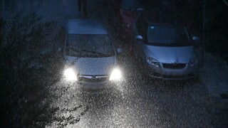 Καιρός Αγίου Πνεύματος: Καταιγίδες και χαλάζι σήμερα - Άνοδος της θερμοκρασίας από Δευτέρα