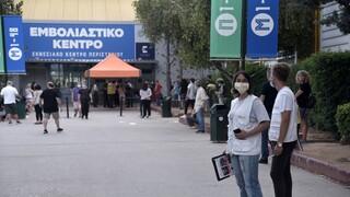 Βασιλακόπουλος: Ο εμβολιασμός με διαφορετικά εμβόλια έχει περισσότερες παρενέργειες
