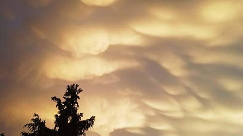 Εντυπωσιακά και σπάνια σύννεφα πάνω από τη Λάρισα: Τι προμηνύουν