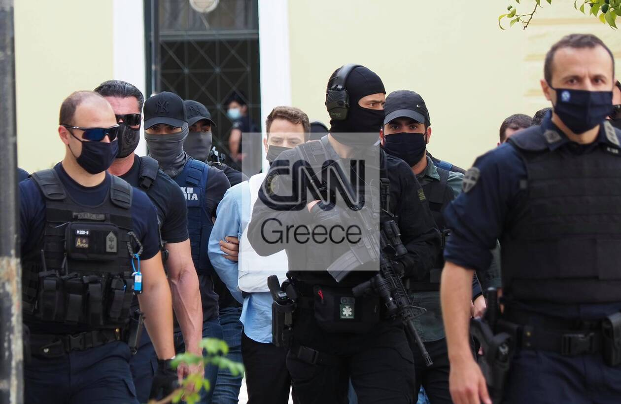 https://cdn.cnngreece.gr/media/news/2021/06/22/271067/photos/snapshot/glyka-nera---syzigoktonos-2.jpg