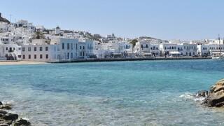 Ταξίδι στην Ελλάδα: Πέντε τοπία στα νησιά που θέλουν να δουν άνθρωποι από όλο τον κόσμο