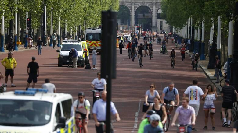Κορωνοϊός - Βρετανία: Περαιτέρω χαλάρωση του lockdown «βλέπει» ο υπουργός Υγείας