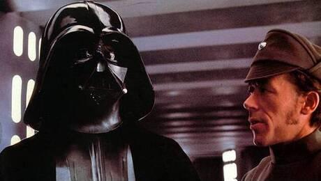 Μαραθώνιος Star Wars στο μπαλκόνι του Σταδίου Ειρήνης και Φιλίας