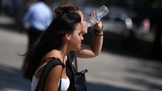 Έκτακτο δελτίο καύσωνα: Οδηγίες αυτοπροστασίας από τις υψηλές θερμοκρασίες