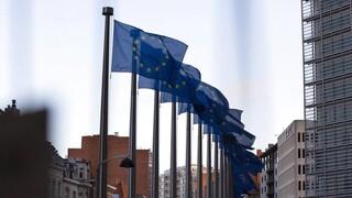 EE: «Παγώνει» η έναρξη της ενταξιακής διαδικασίας για Βόρεια Μακεδονία και Αλβανία