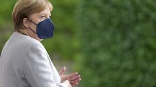 Γερμανία: Προβάδισμα για τους συντηρητικούς τρεις μήνες πριν τις εκλογές