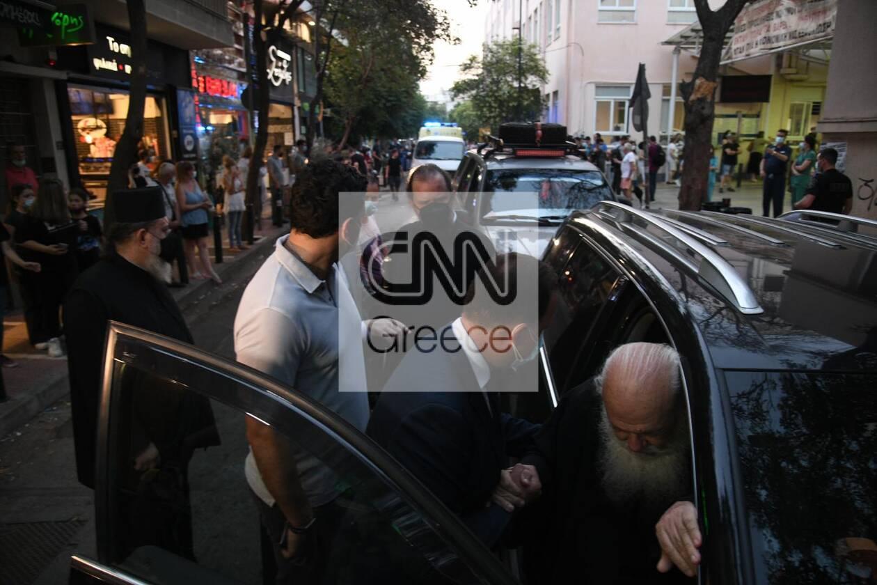 https://cdn.cnngreece.gr/media/news/2021/06/24/271383/photos/snapshot/ieronimos-kikilias-vitrioli-petraki-8.jpg