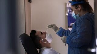 Μαγιορκίνης για στέλεχος ΔΕΛΤΑ: Ασπίδα ο πλήρης εμβολιασμός