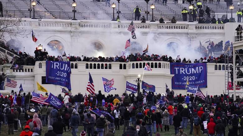 Πρώην Δημοκρατική, νυν φανατική του Τραμπ, η πρώτη που καταδικάζεται για τα γεγονότα στο Καπιτώλιο