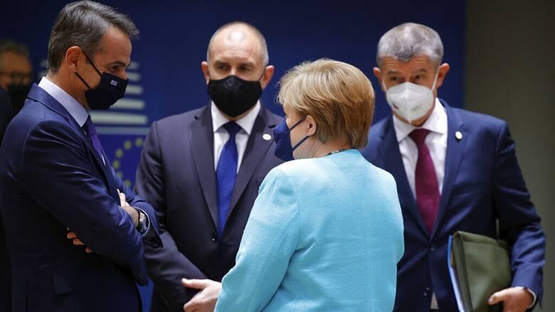 Σύνοδος Κορυφής: Υπ' ατμόν η ΕΕ για την απειλή της μετάλλαξης Δέλτα