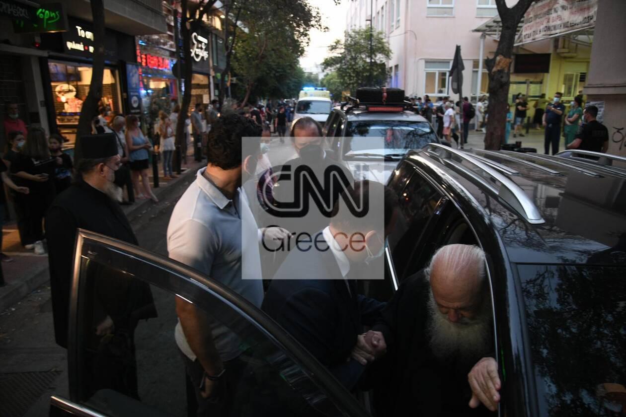 https://cdn.cnngreece.gr/media/news/2021/06/24/271473/photos/snapshot/ieronimos-kikilias-vitrioli-petraki-8.jpg
