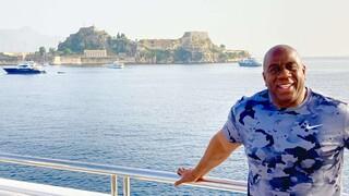Στην Κέρκυρα για διακοπές ο θρυλικός Μάτζικ Τζόνσον