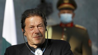 Πακιστάν: Οργή για τον πρωθυπουργό Ιμράν Χαν - Έριξε το φταίξιμο για τους βιασμούς στις γυναίκες